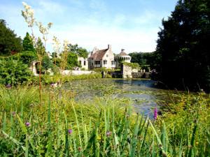 """Midsummer Night's Dream"" at Scotney Castle"
