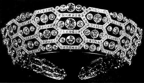 تيجان ملكية  امبراطورية فاخرة Boucheron_Diamond_honeycomb_Tiara